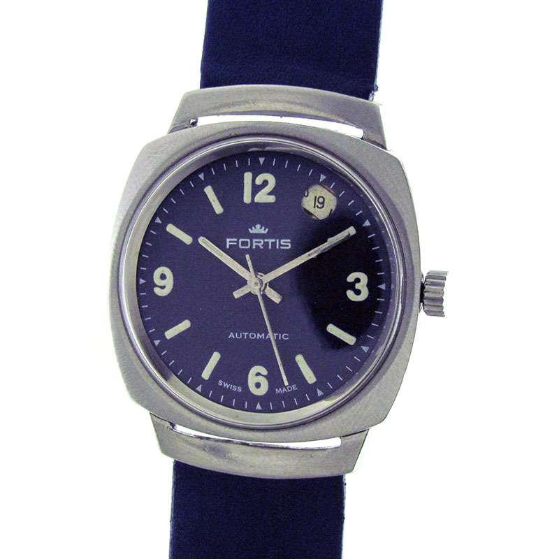 Branded Wrist Watches For Men