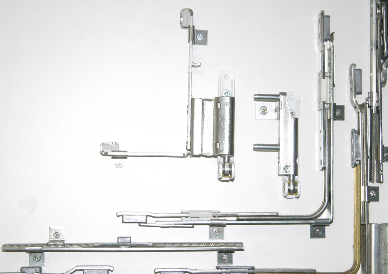 Los herrajes de la ventana de pvc y aluminio ventanas y for Herrajes para toldos de aluminio