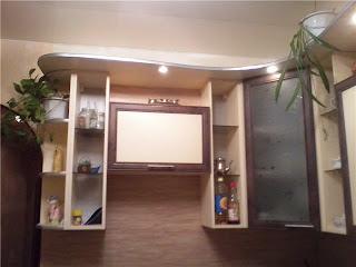отремонтированная своими руками кухня, верхние полки