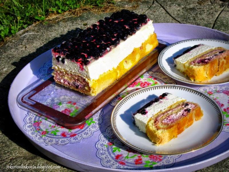 Cheesecake roll (juustokakku-kääretorttu leivos)
