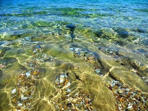 Mar cristalino de Agios Theodoti