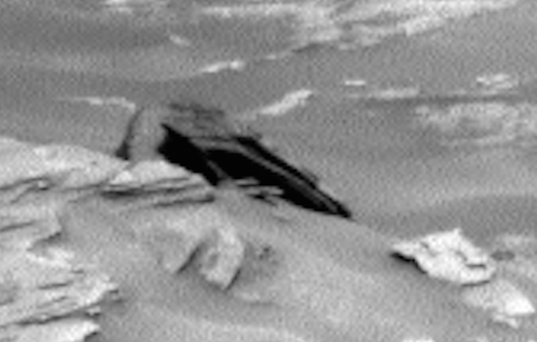 Curiosity Rover Snaps Crashed Ship Mars 2015, UFO Sightings