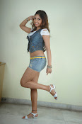 Komal Jha trendy Photo shoot Gallery-thumbnail-15
