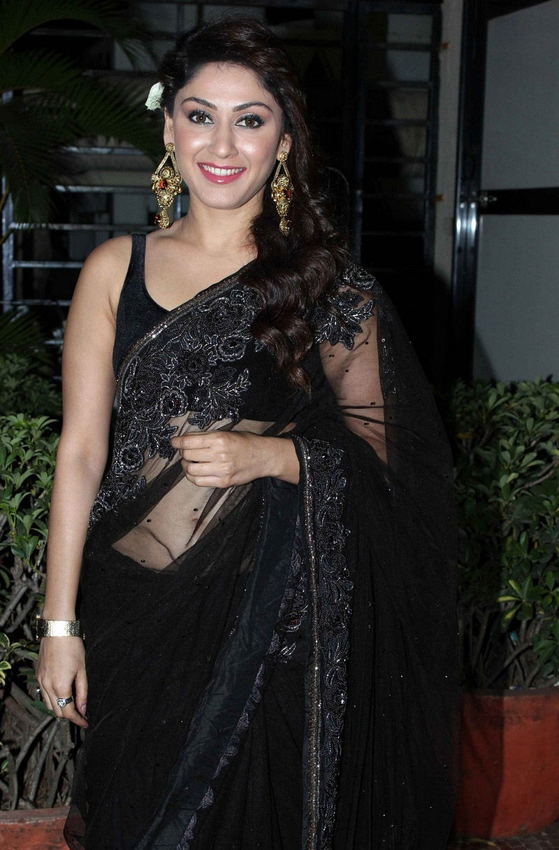 Manjari looking hot and sexy in black saree