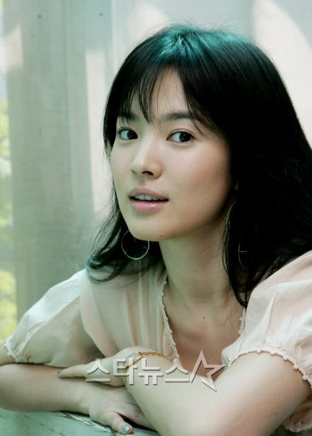 Song Hye Kyo Talks About Her Style Inspiration, Shares A