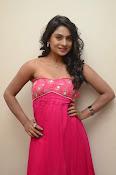 Deepika Das Glam pix in Pink-thumbnail-19