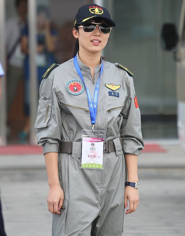 Chinese army women hot #8