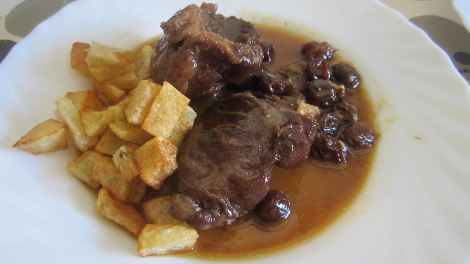 Puchero y mandil carrilleras de cerdo en salsa de px y for Cocinar carrilleras de cerdo
