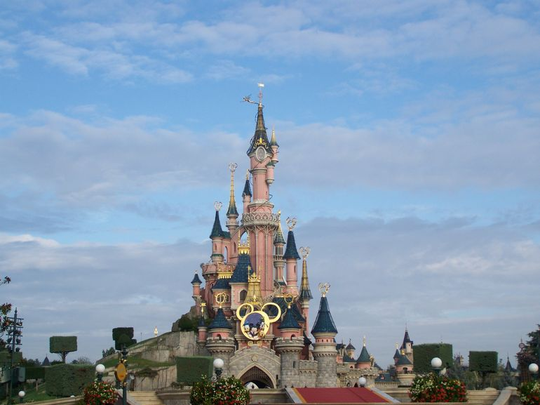 travelscope travel ideas link top fun facts about disneyland paris