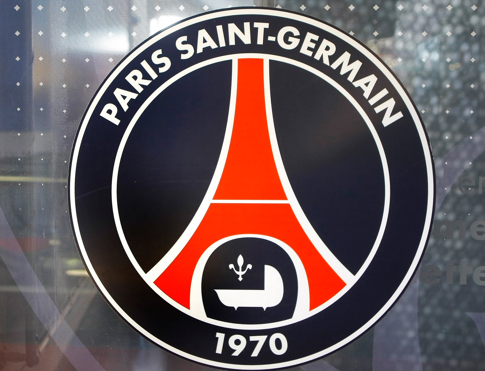 Info Media Qatari Riches Transforms PSG