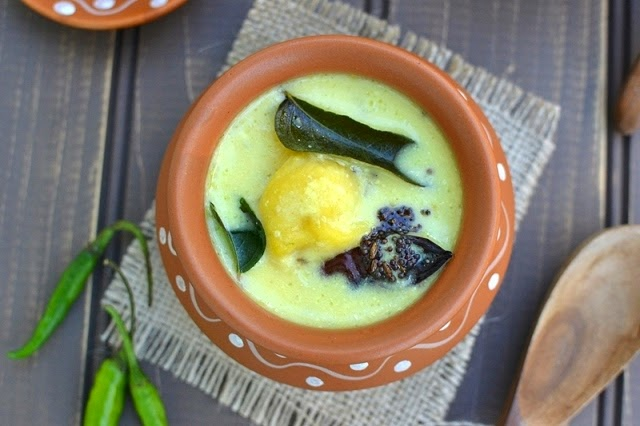 Dapka Kadhi (Gujarati Kadhi with Moong dal Dumplings)