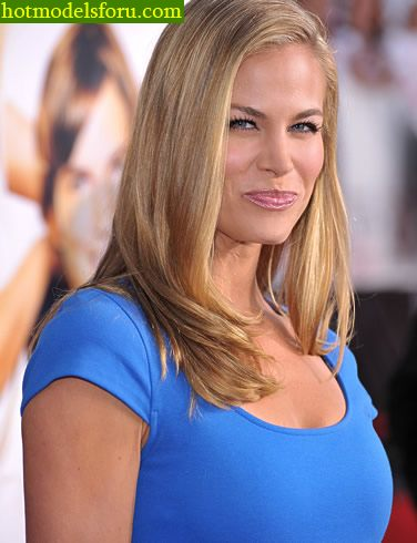 Brooke Burns Pictures and Photos | Fandango