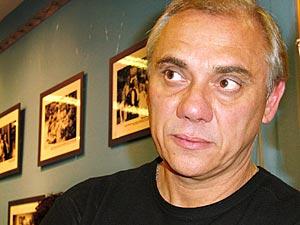 Marcelo Rezende é jornalista da TV Record