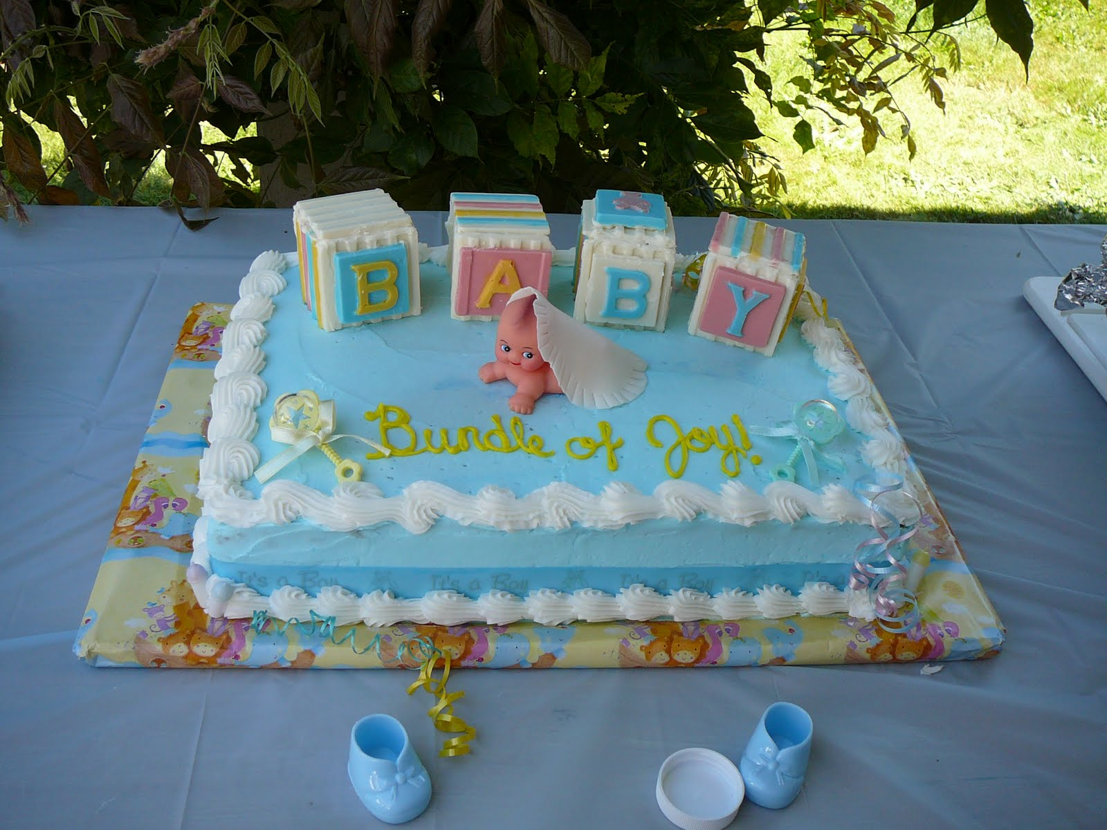 Baby Shower Cakes Made With Buttercream Icing ~ Sarah s icing on the cake baby shower with candy blocks