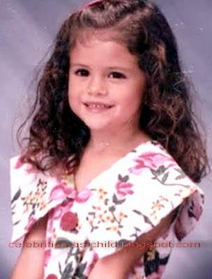 Celebrities As A Child: Selena Gomez Childhood Photos Selena Gomez Childhood
