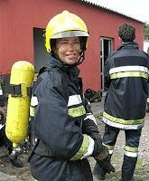 bombera haicendo prácticas