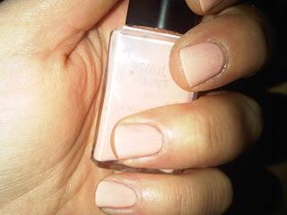 Very pale manicure