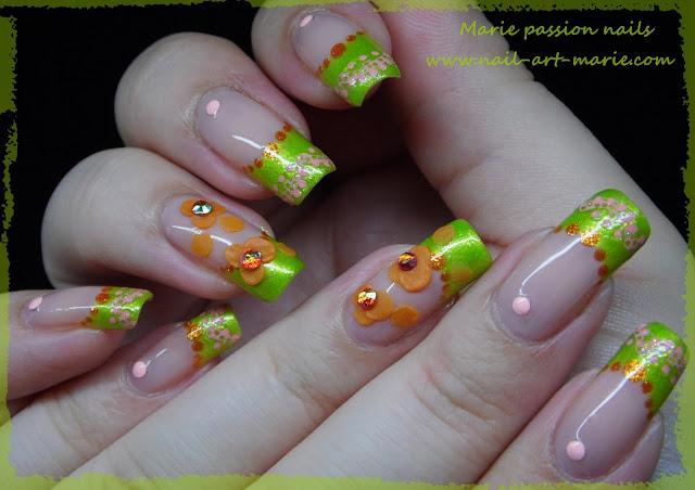 Nail Art French fleurie1