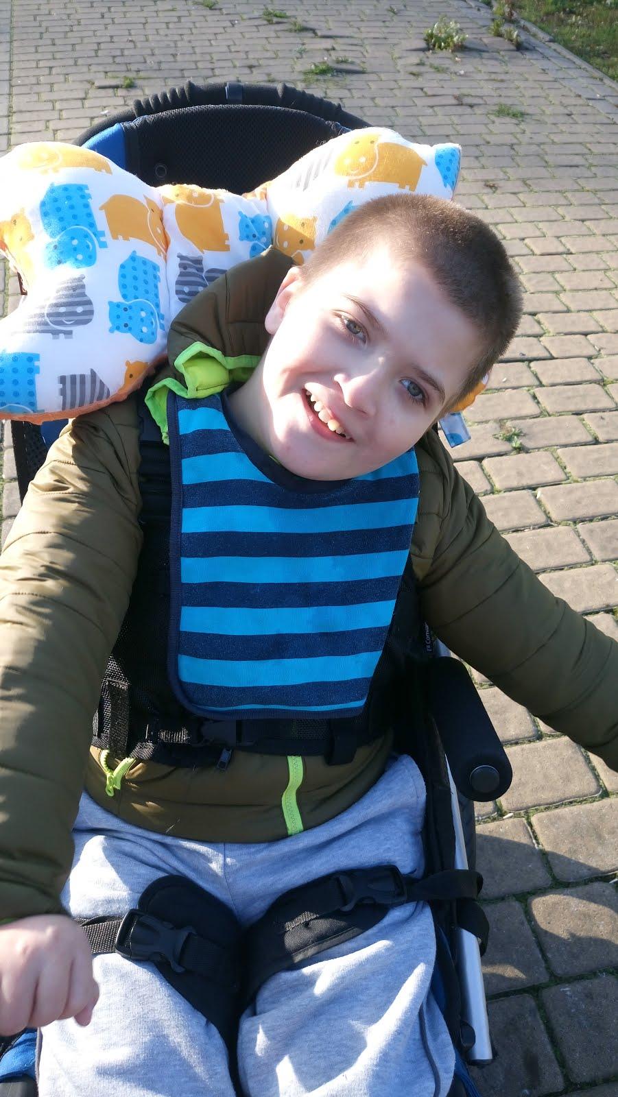 Że Tomek Długosz nazywa się tak jak mój syn, to zbieg okoliczności. Pomóżmy mamie, by godnie żył!!