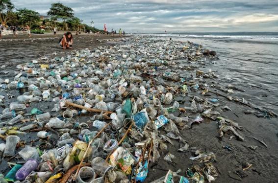 Laut Jakarta penuh sampah, Kapal tentera Turki 'bising'