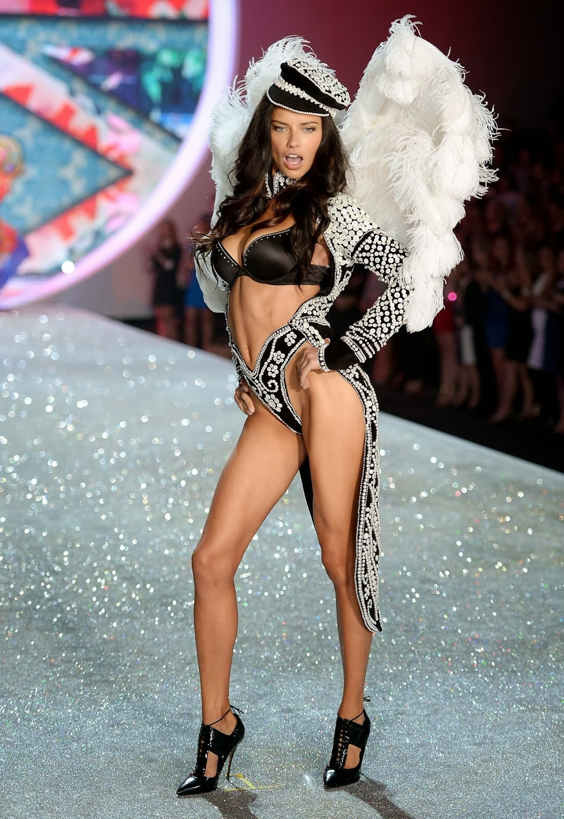 2013 Victoria 39 S Secret Fashion Show Luxury Passion