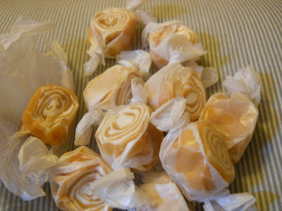 Candy.Com Caramel Nougat Taffy Whirls