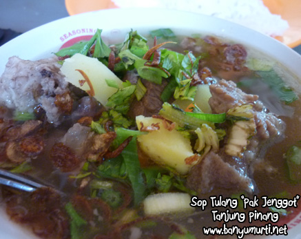 Kuliner Tanjung Pinang - Sop Tulang Pak Jenggot