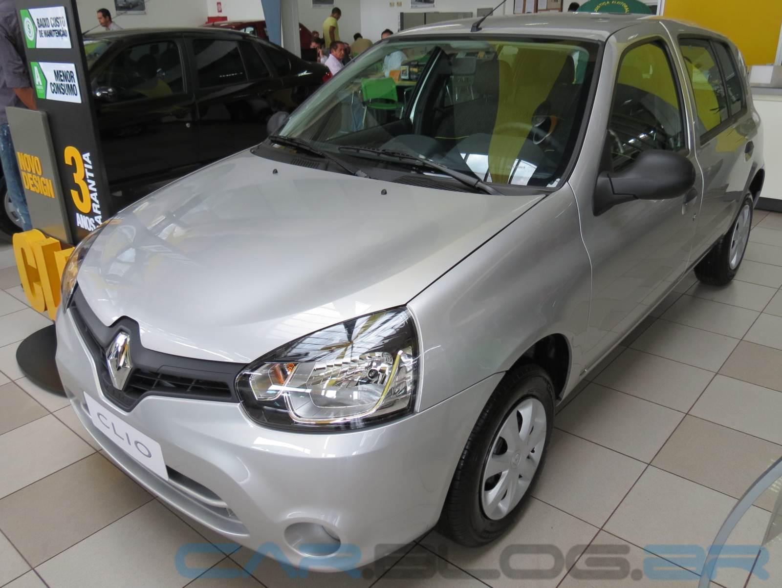 Volkswagen up! x Renault Clio - preço