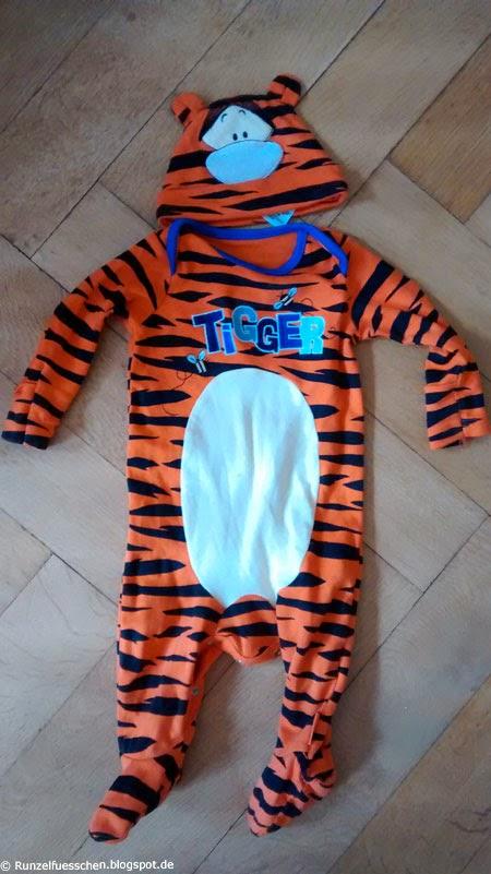 Baby als Tigger von Winnie Puuh verkleiden