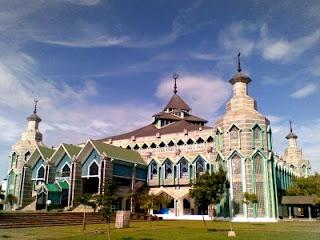 Masjid Modern Al Markaz Al Islami Makasar