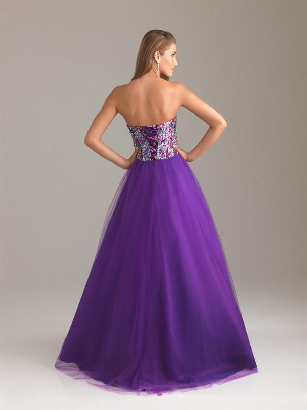 Contemporáneo Vestido De Novia De Encaje De Color Púrpura Cresta ...