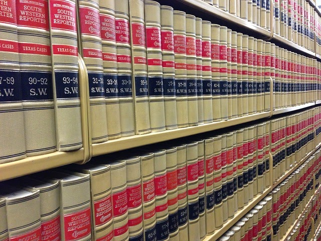 法律の本の画像