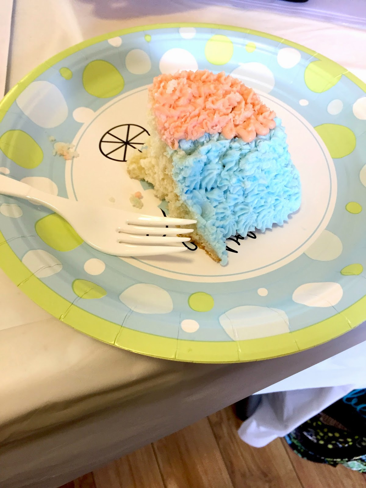 made-cake-for-baby-shower