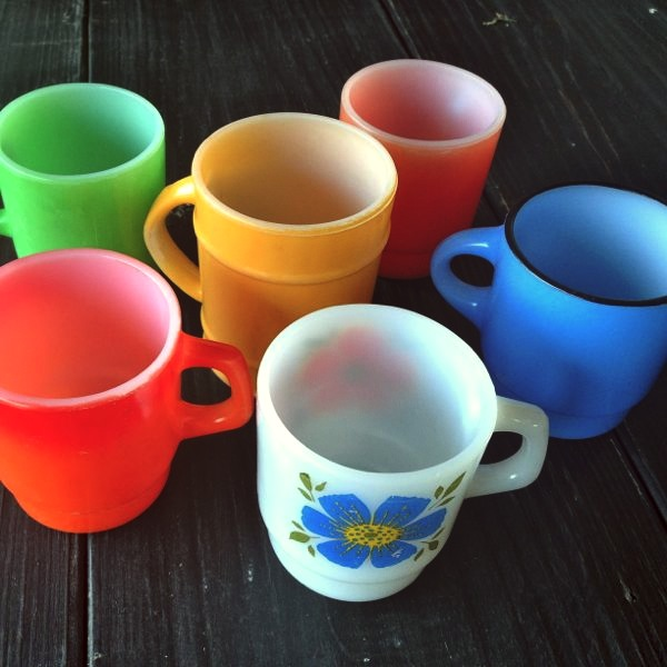 Here S What New In The Pyrex Pennies Vintage Housewares Etsy Today Colorful Fire King By Anchor Hocking Coffee Mugs