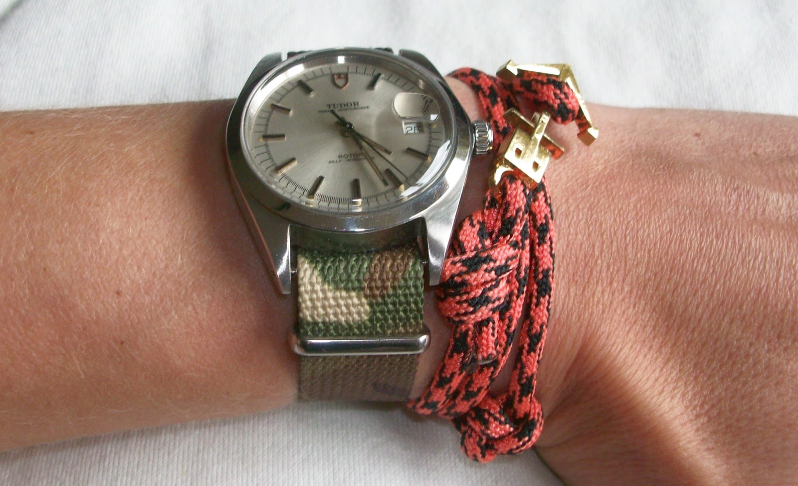 ecef63c472 That give a vintage watch a certain coolness. I have a blue-red strap at my  vintage Omega Watch and a camouflage strap at my vintage Tudor ...