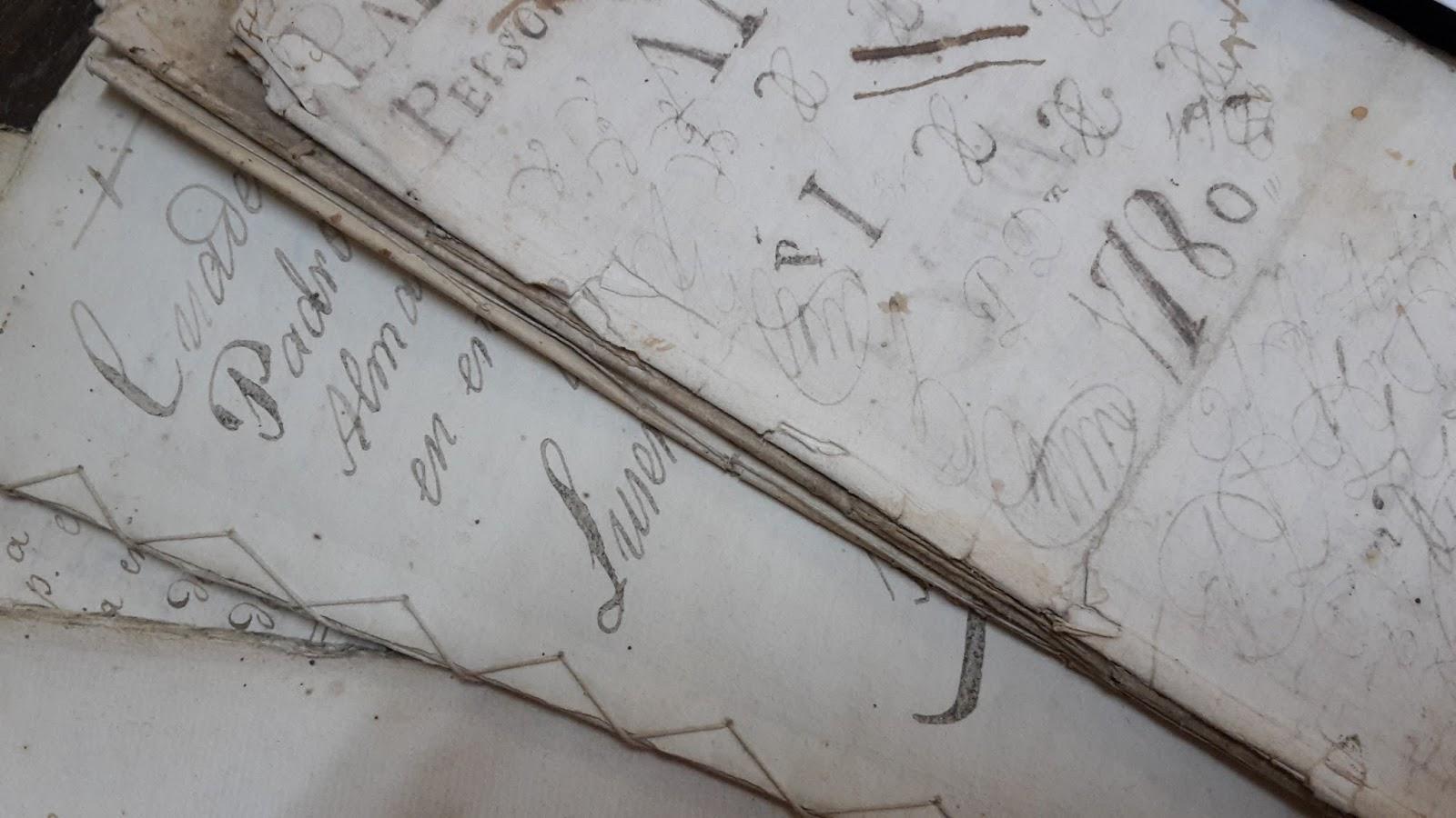 Visita al Archivo Diocesano del Obispado de Huelva
