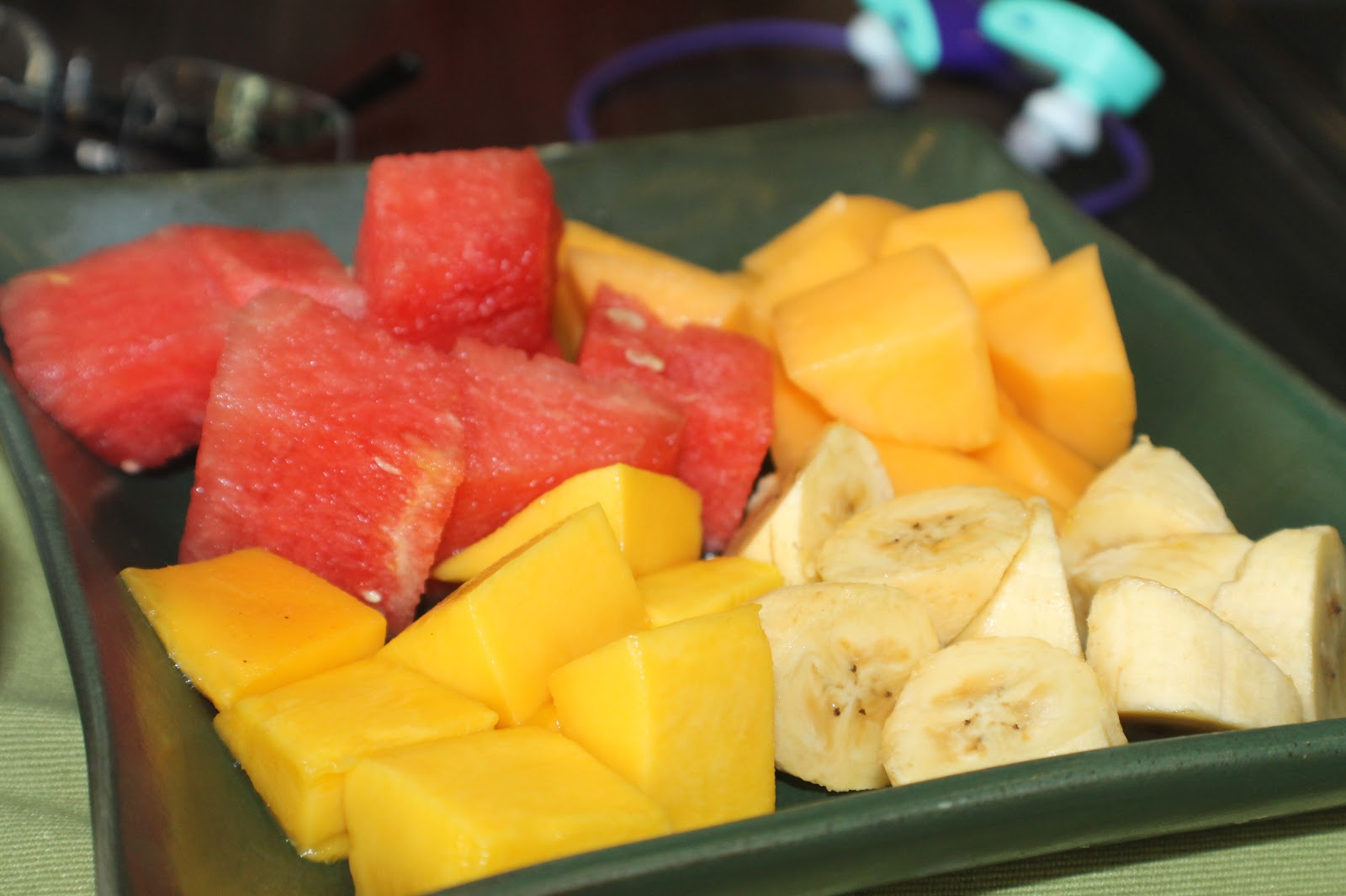 ... fruit platter. Nothings beats fresh fruit slices before and after any