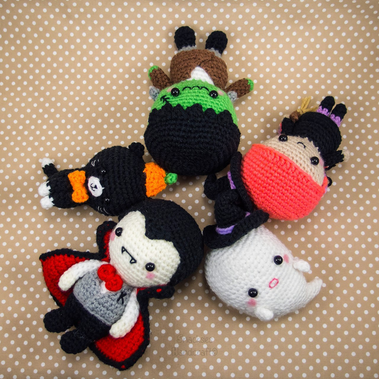 Free Crochet Patterns For Halloween : Halloween Set Patterns and Made-to-order ~ Snacksies ...