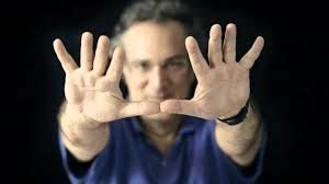 http://jazzdocu.blogspot.it/2014/10/uri-caine-explains-how-to-improvise-in.html