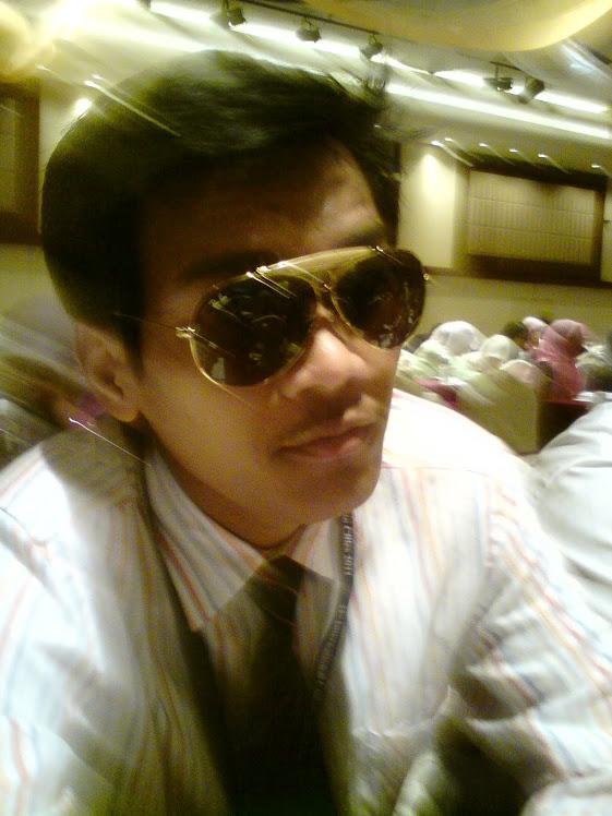 ini lah aku,,,weee..=)