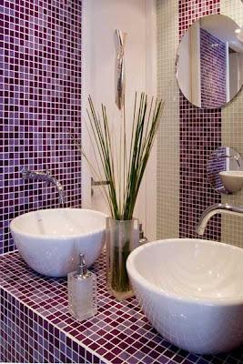 banheiro lilas
