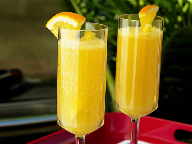 ... flute with chilled Champagne then top it with Pineapple-Orange Juice