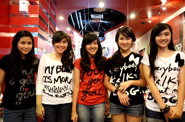 Lirik Lagu Blinking Blink Indonesia Girlband