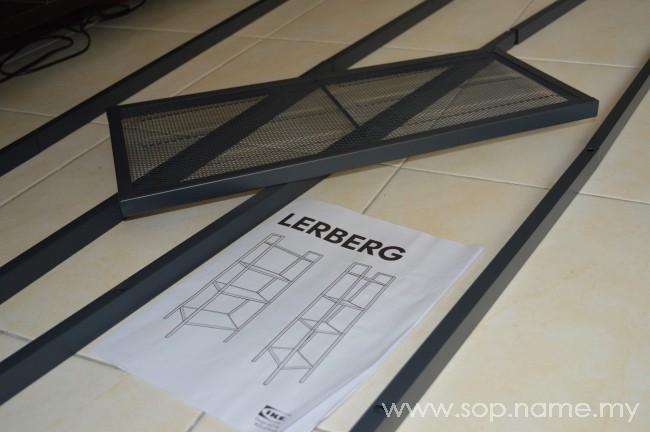 Aktiviti memasang rak serbaguna LERBERG IKEA