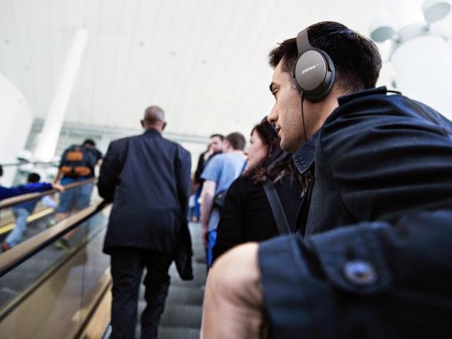 Los auriculares Bose QuietComfort 25 cancelan el ruido exterior