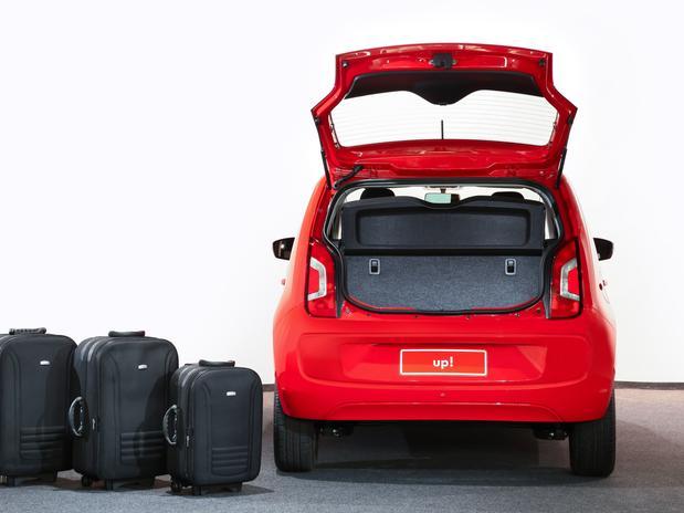 Volkswagen Up! - porta-malas