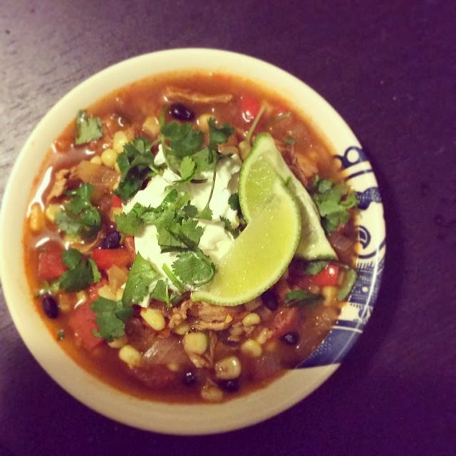 Tex-Mex Chicken Soup | hardparade.blogspot.com