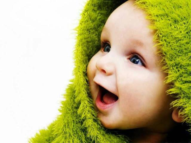 Foto Bayi Lucu dan Imut