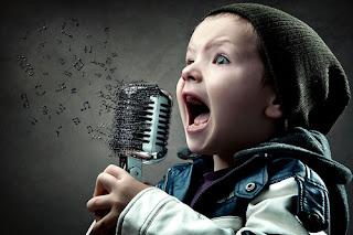 1....2...3... ESTAMOS EN EL AIRE  Ni%C3%B1o+cantando