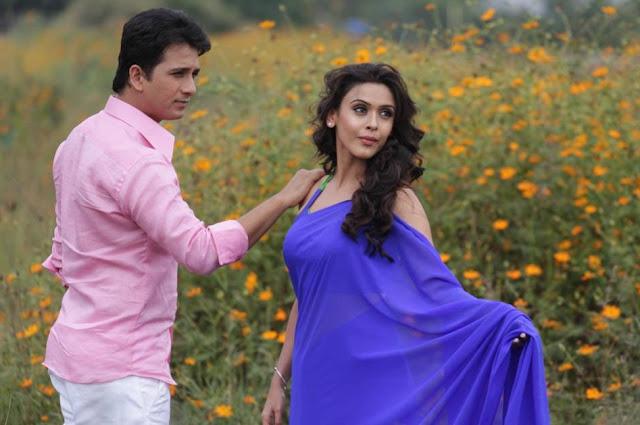 Dhol Tashe Marathi movie Abhijeet Khandkekar, Jitendra Joshi, Hrishita Bhatt